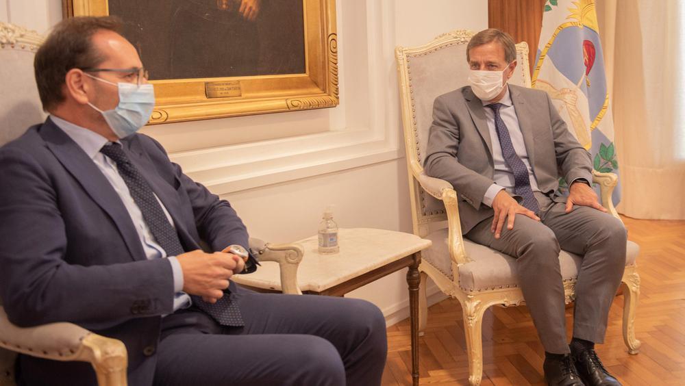 Rodolfo Suarez recibió al embajador de Italia